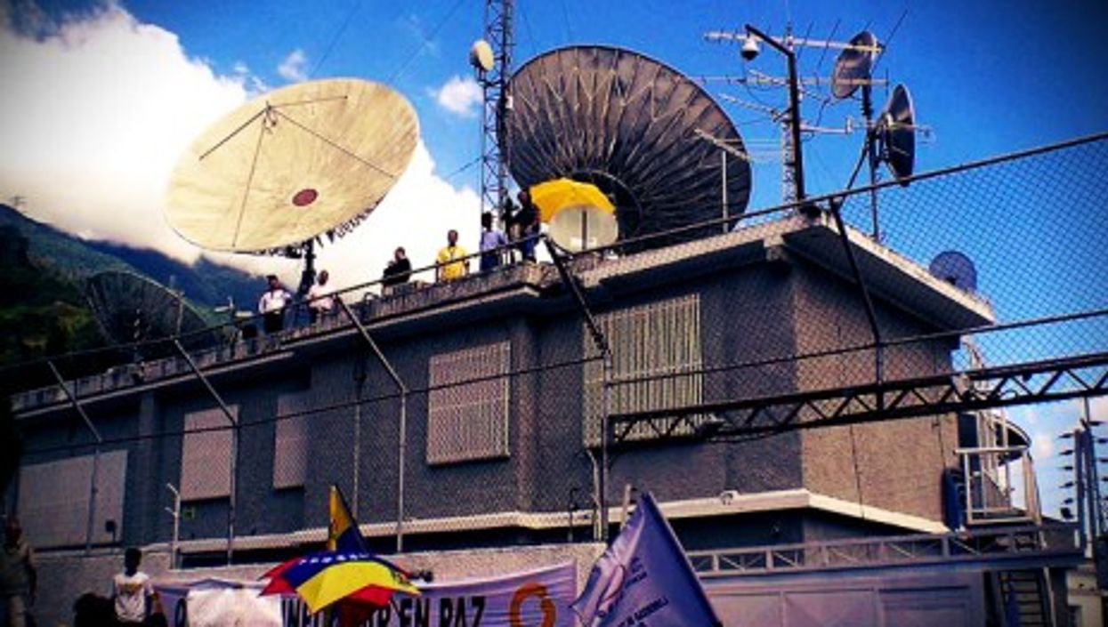 A 2008 demonstration in support of Globovision in front of the network's building in Caracas