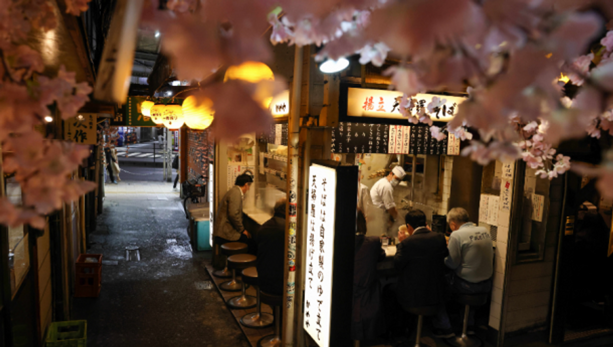Japanese Restaurants Rebel Against Olympic-COVID Alcohol Curfew