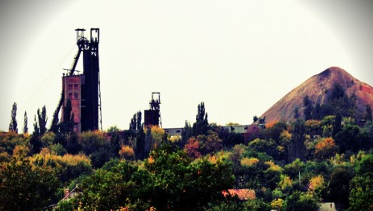 A coal mine and its spoil tip in Donetsk Oblast, Ukraine