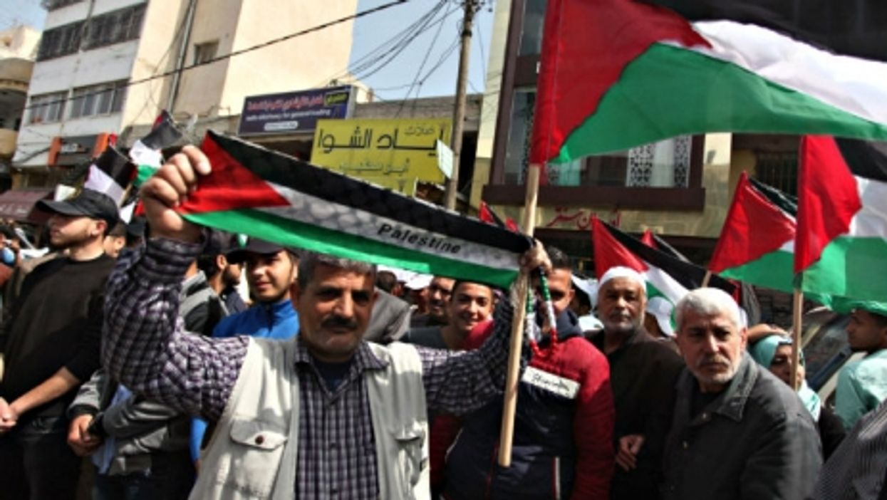 A demonstration in Gaza in support of the Palestinian refugees in Syria