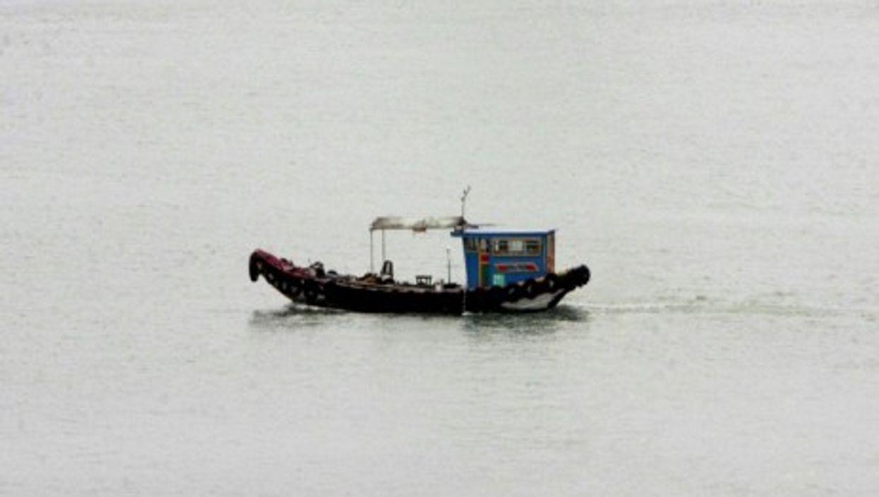 A fishing boat near Shangai (Bruce Tuten)