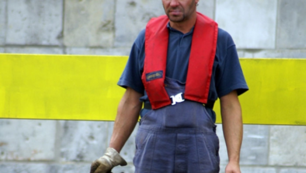A German worker (giopuo)