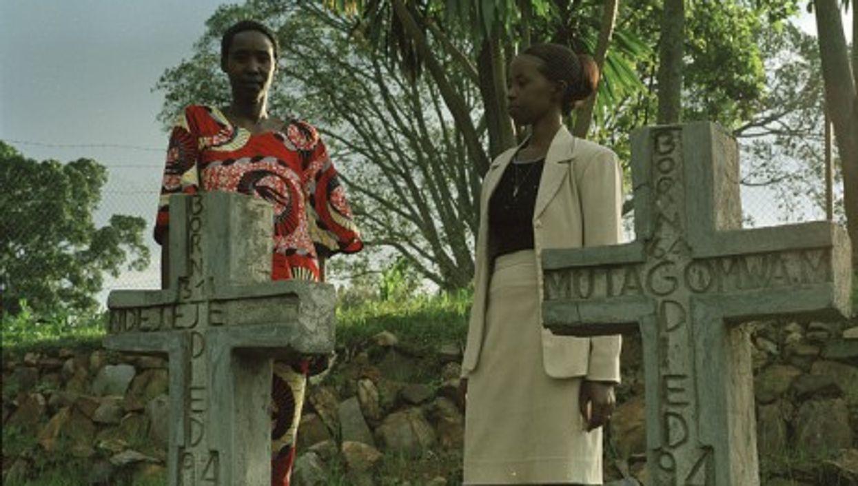 A grave site in Rwanda (elisa finocchiaro)