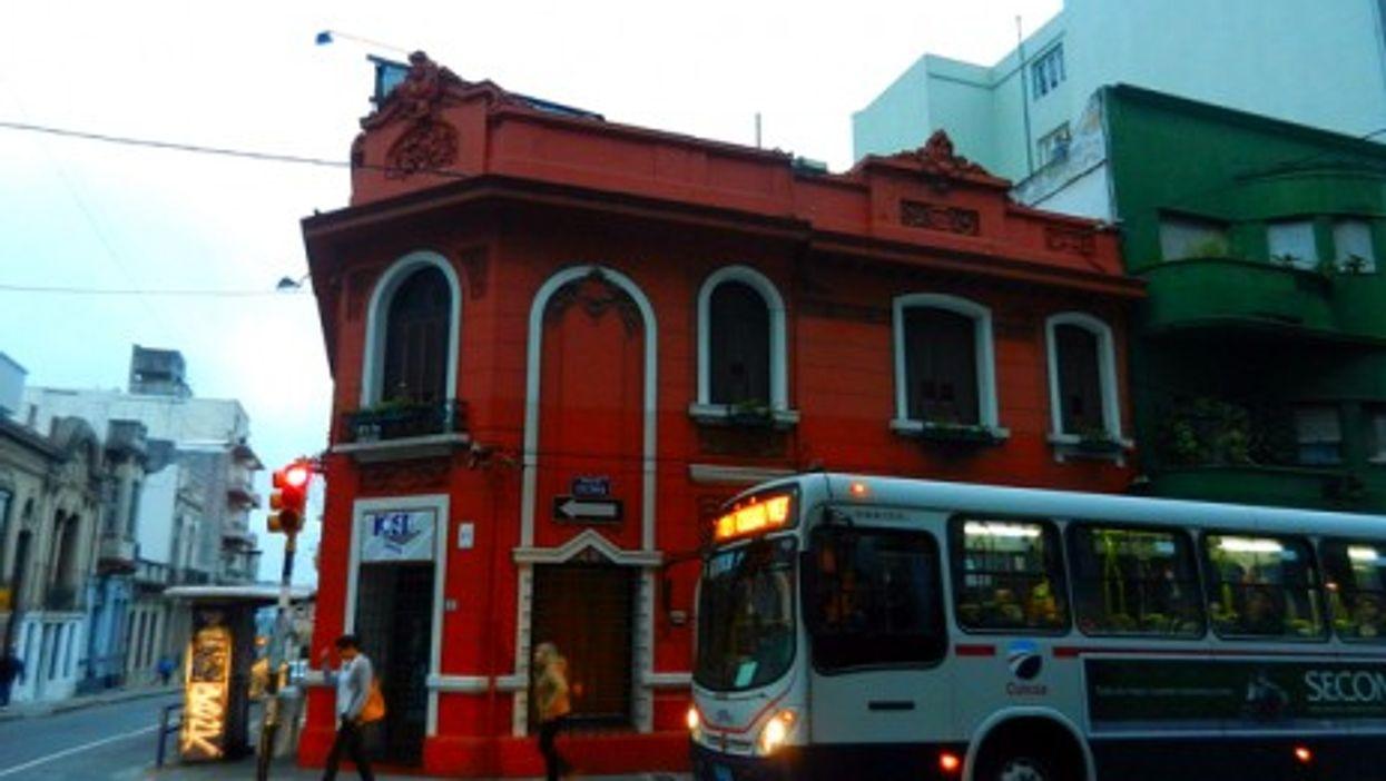 A (regular) bus in Salvador Mazza, Argentina