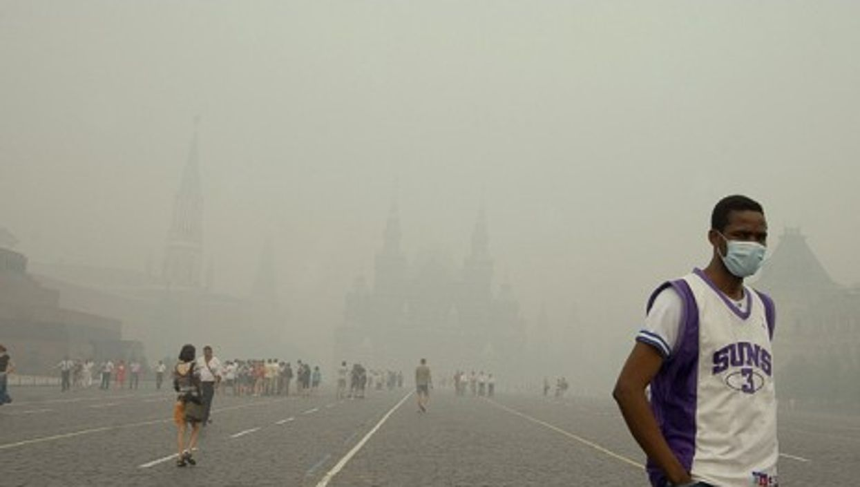 A smoky view of central Moscow last August (Ulishna)