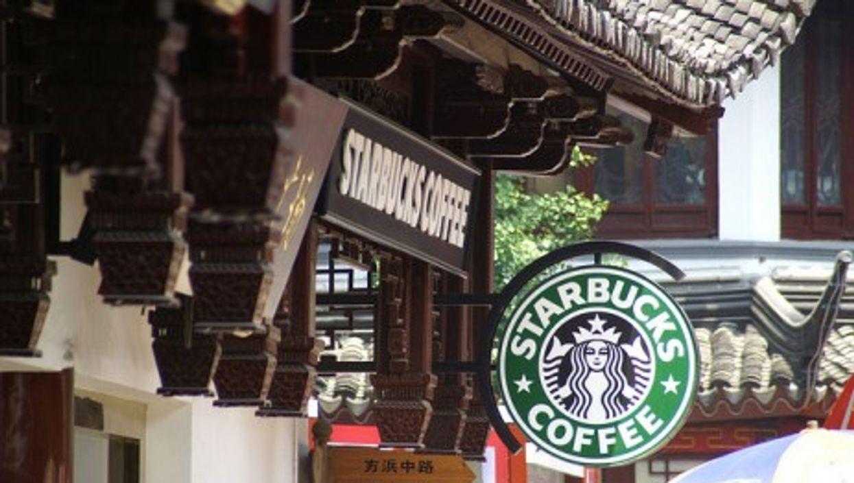 A Starbucks in Shanghai (Joris Leermakers)