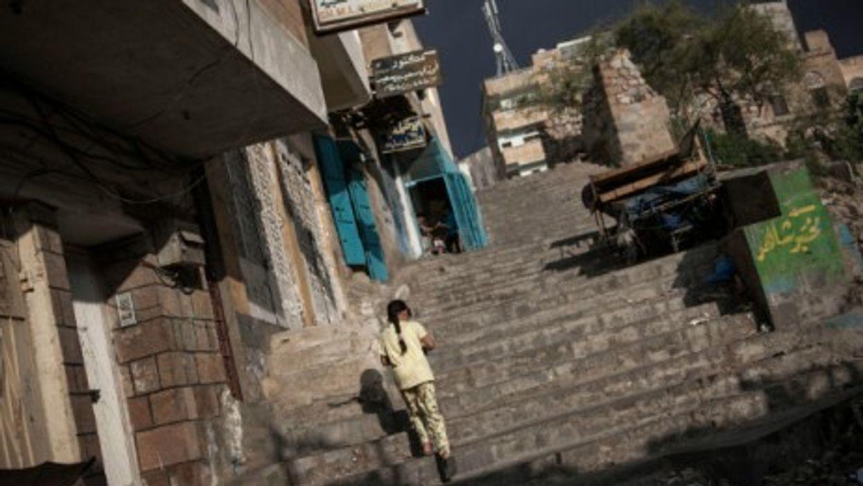 A young girl in Taiz, Yemen