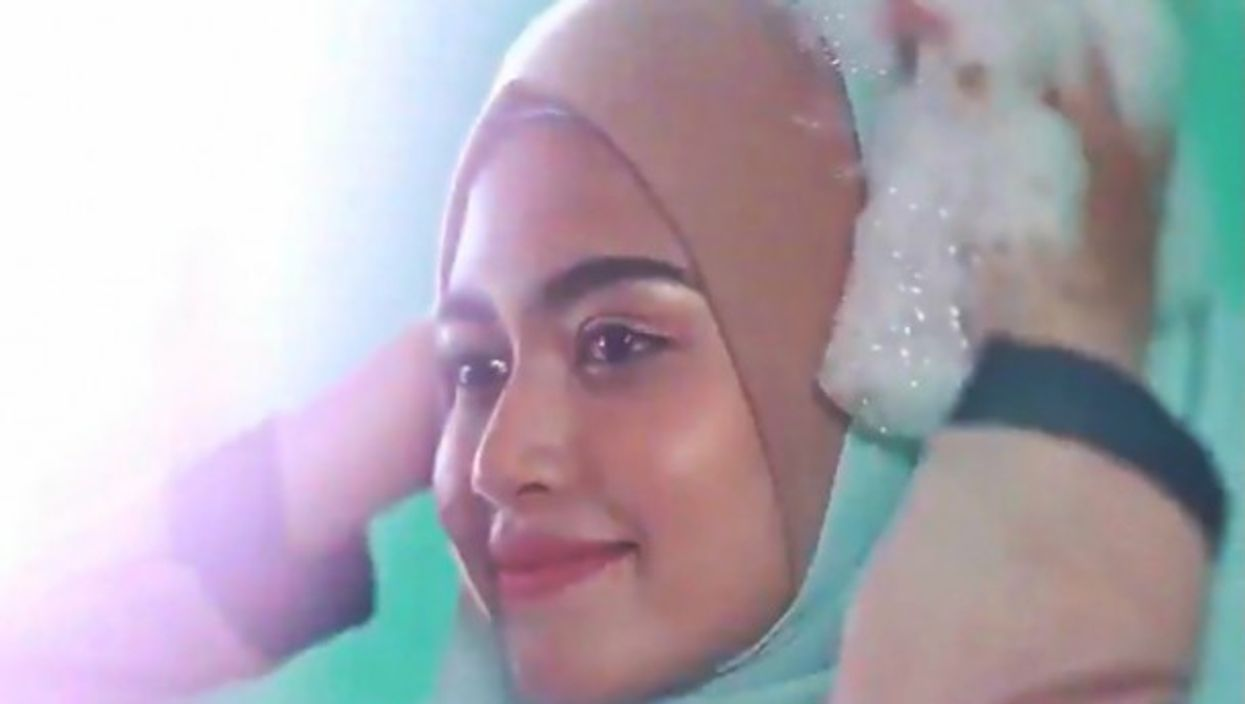 Advertisement from Malaysian hair care company Neutri-C