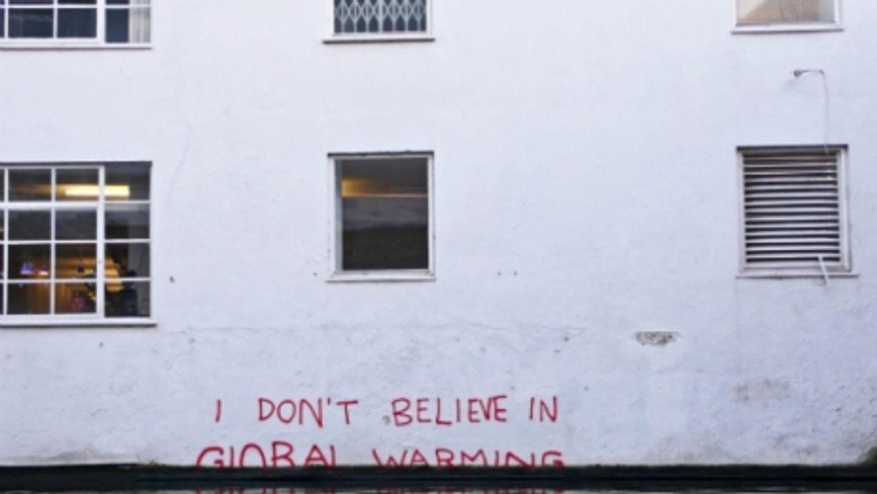 """""""I don't believe in Global Warming"""" by Banksy in London"""