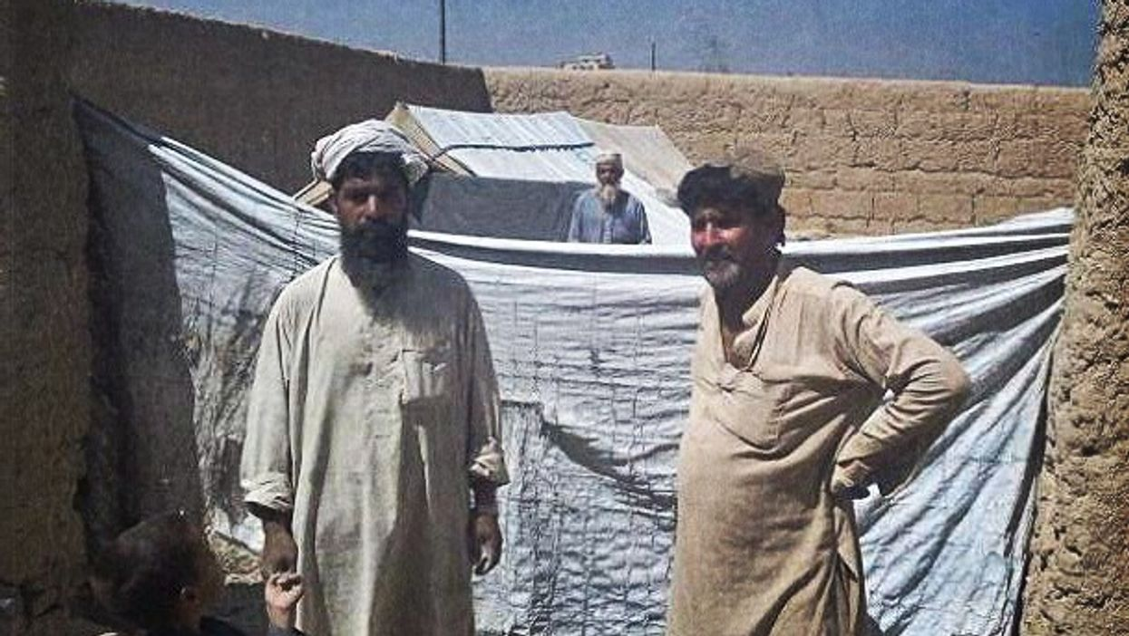 Afghan refugees going home to Pakistan