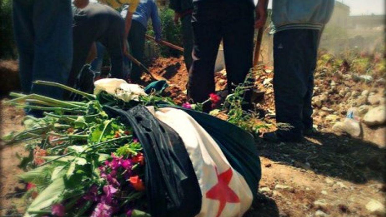 Al-Qusayr makeshift cemetery in Homs