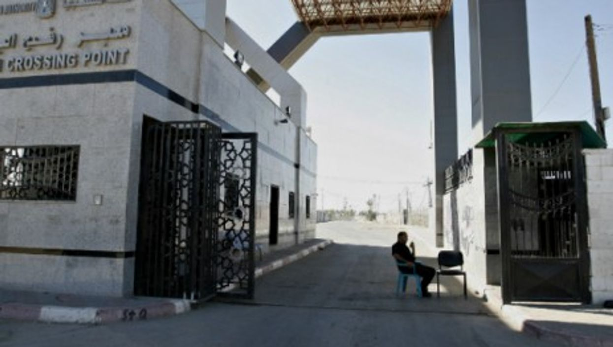 All quiet on the Rafah crossing too