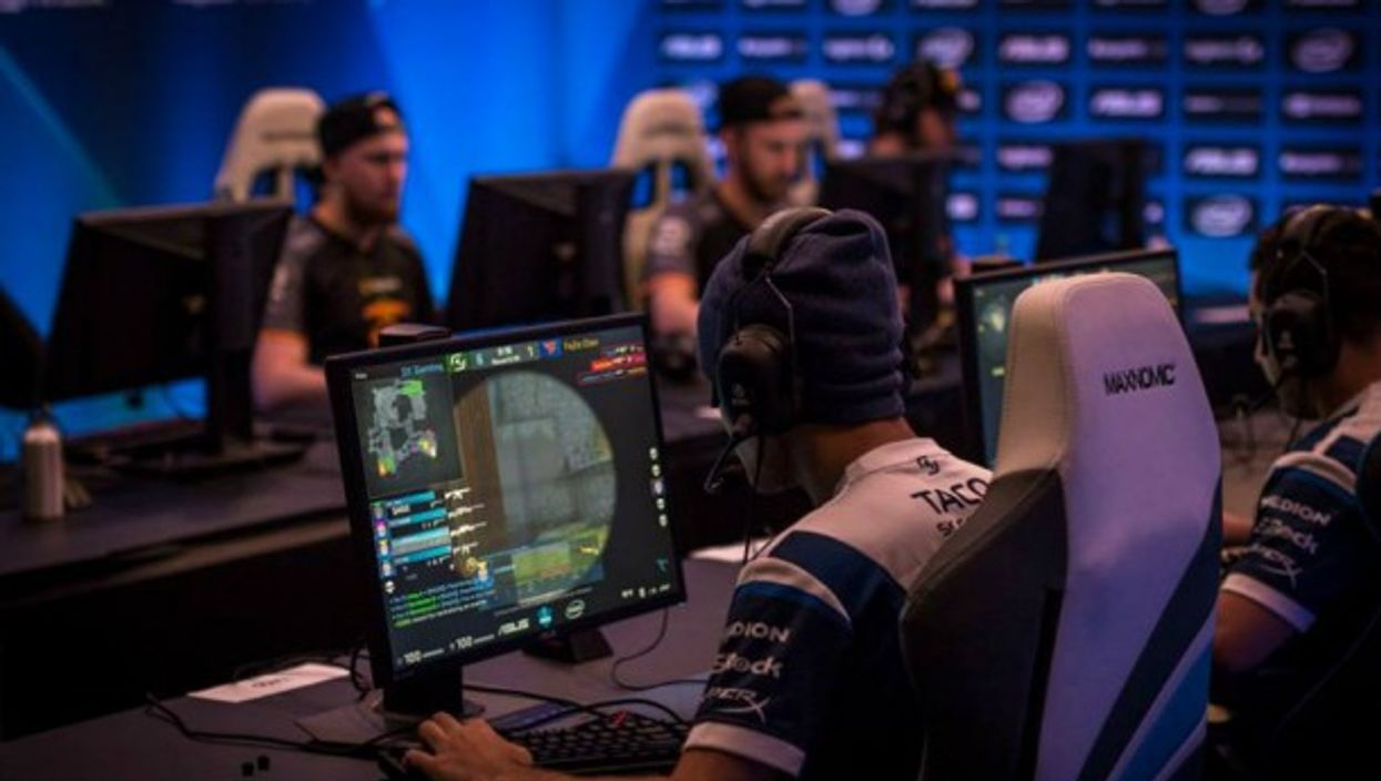 AlthougheSport is not yet officially recognized as a sport in Germanyin terms ofprofessionalism, gaming certainlydoesresembletraditional sports.