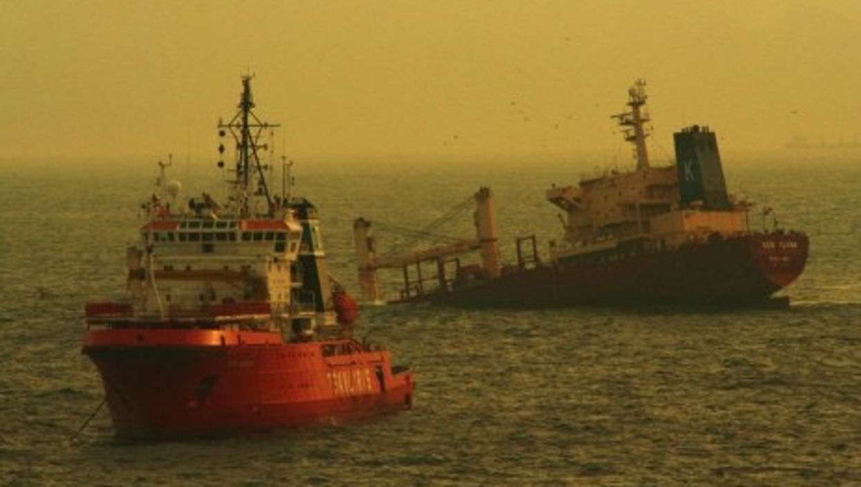 An oil spill followed the 2007 sinking of the