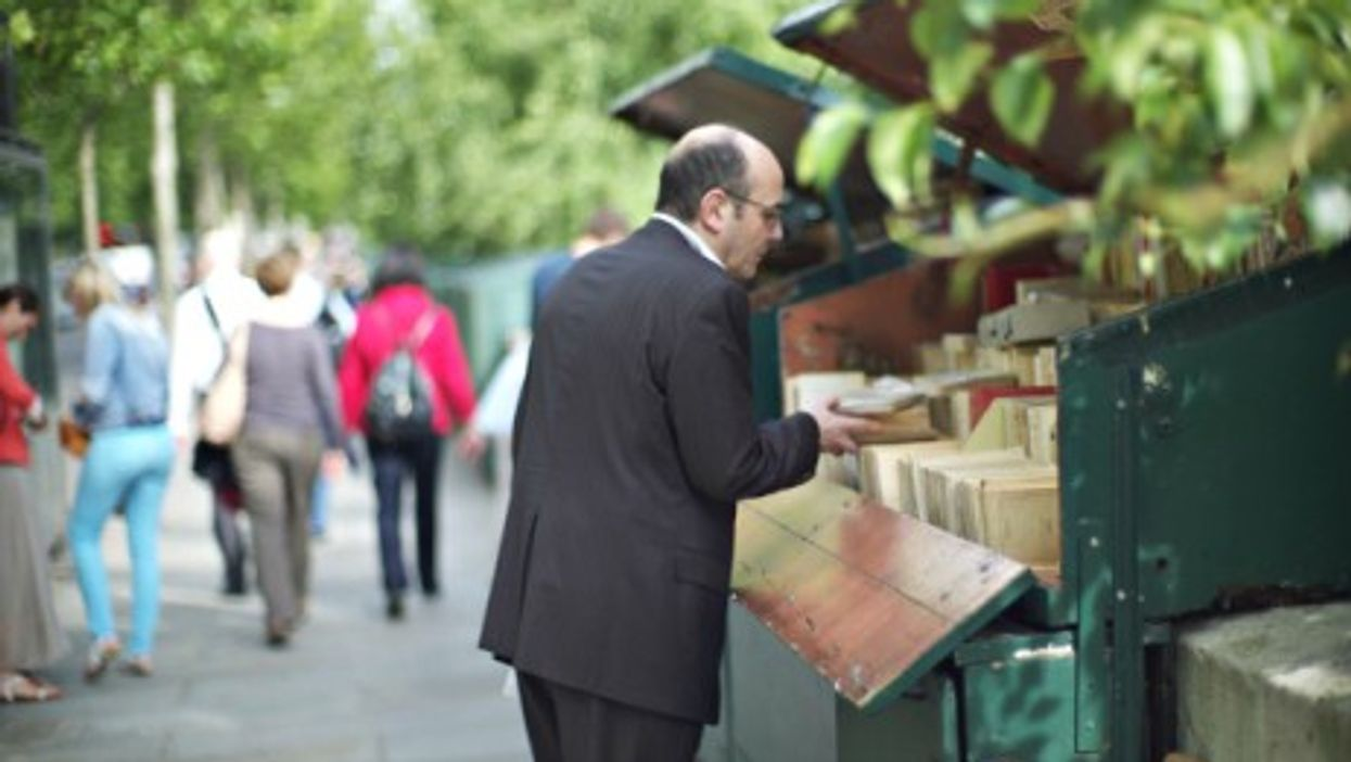 Another way to buy books in Paris