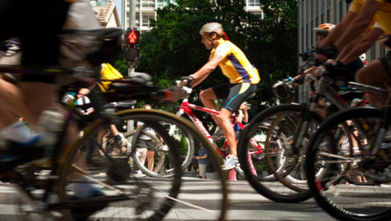 Bikers of the world unite!