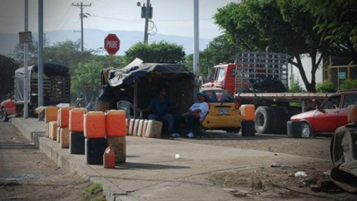 Black market for cheap fuel on Cucuta