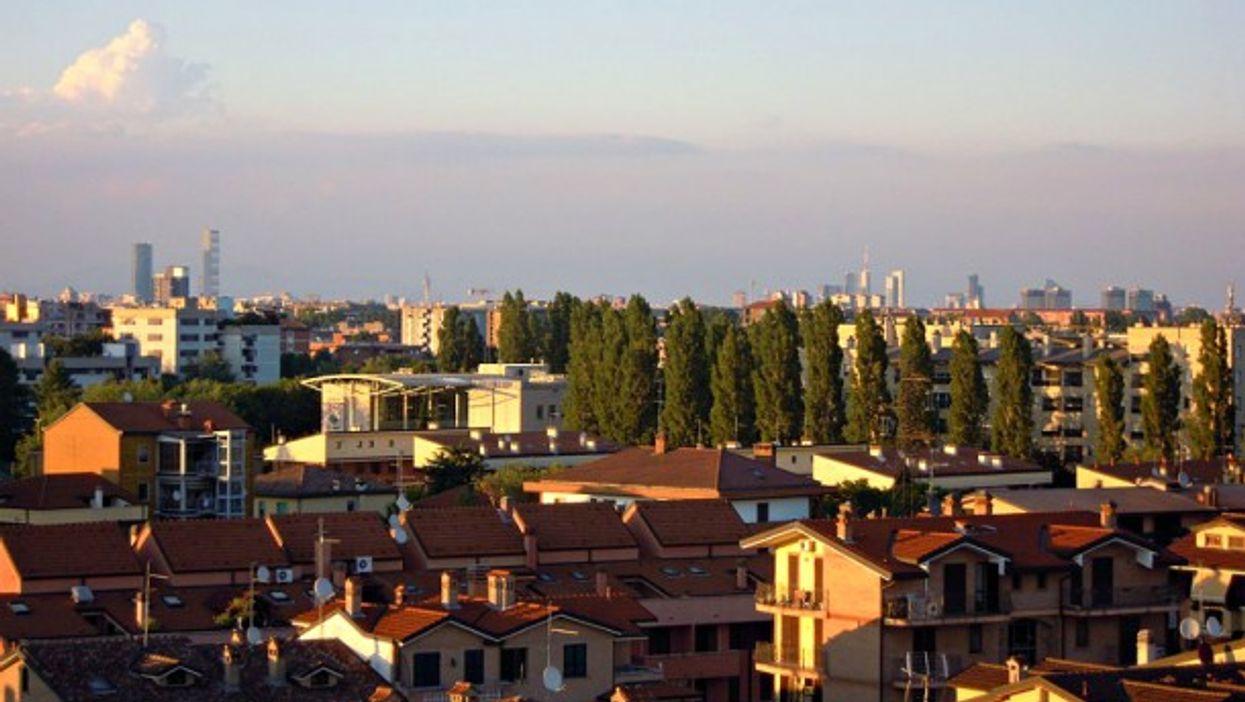 Buccinasco Milano skyline