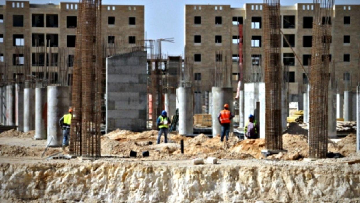 Building Rawabi