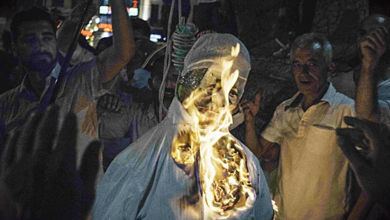 Burning Gulen in effigy in Istanbul after failed July 15 coup