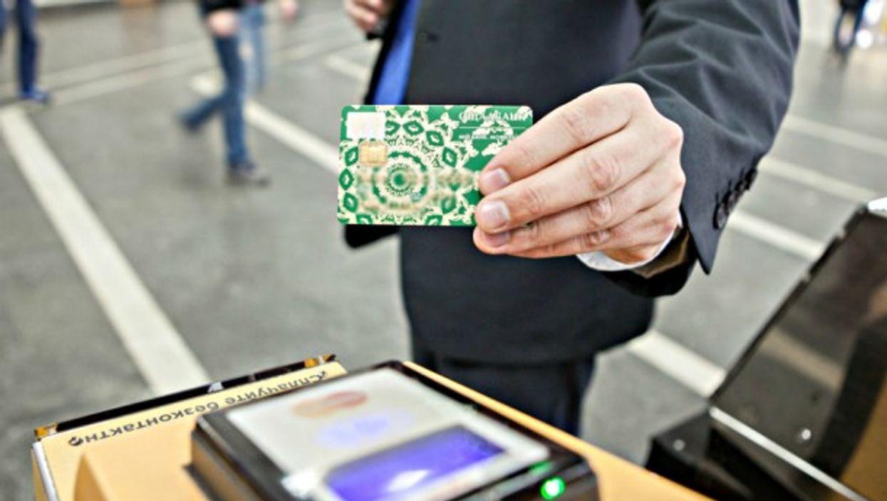 Cashless payment being utilized in Ukraine