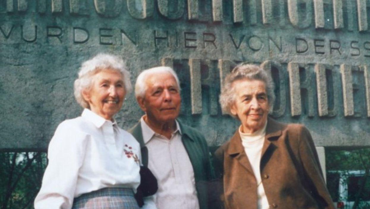 Centa Herker-Beimler with stepdaughter Rosi Beimler-Schober (left) and her husband Rudi (1985).