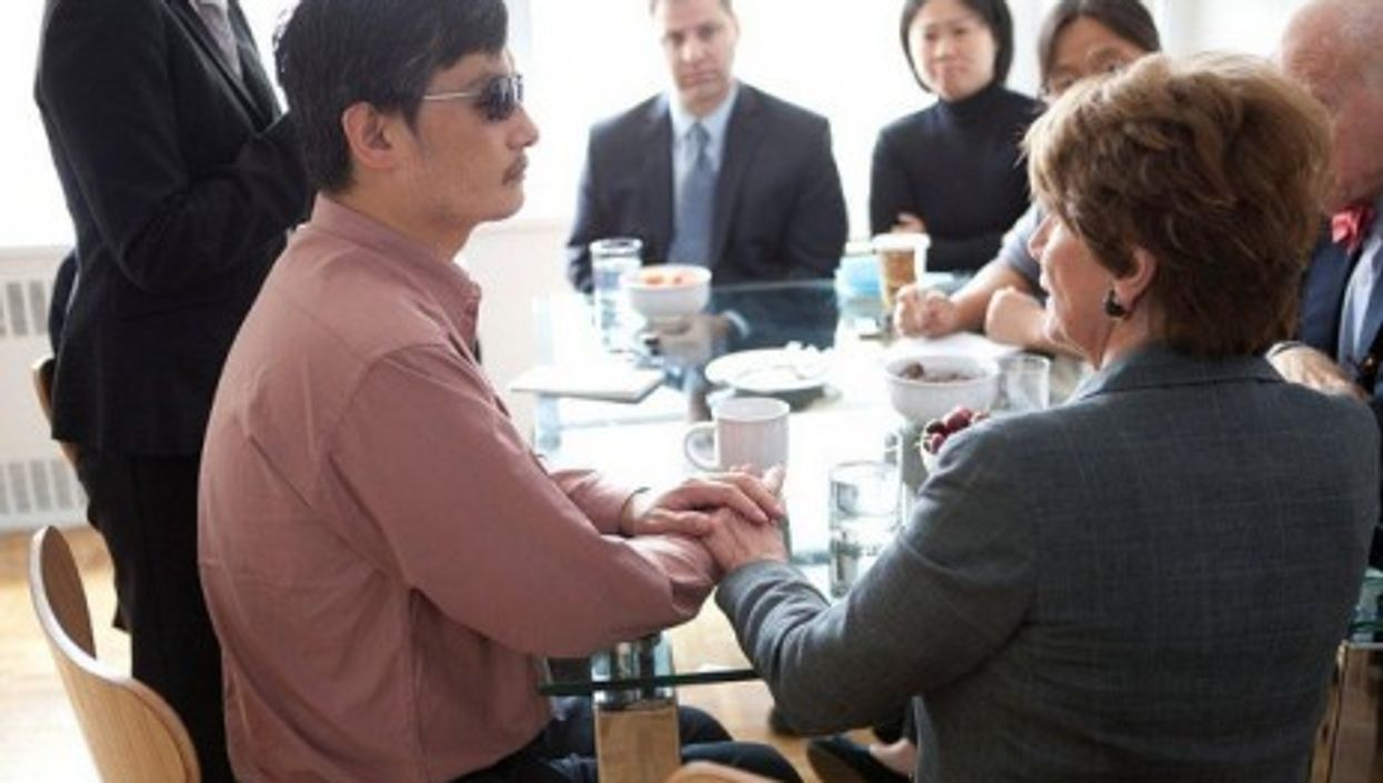 Chen Guangcheng in New York meets with US Rep. Nancy Pelosi