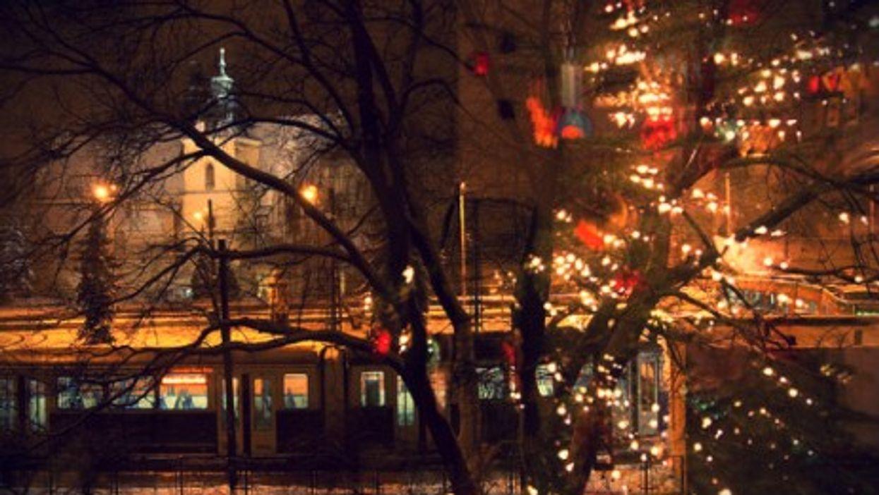 Christmas reflections in Krakow