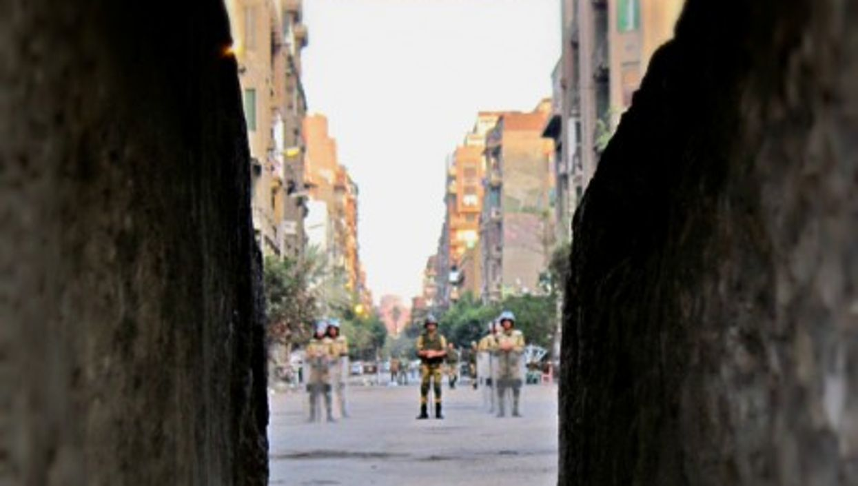 Egyptian soldiers in the street of Cairo