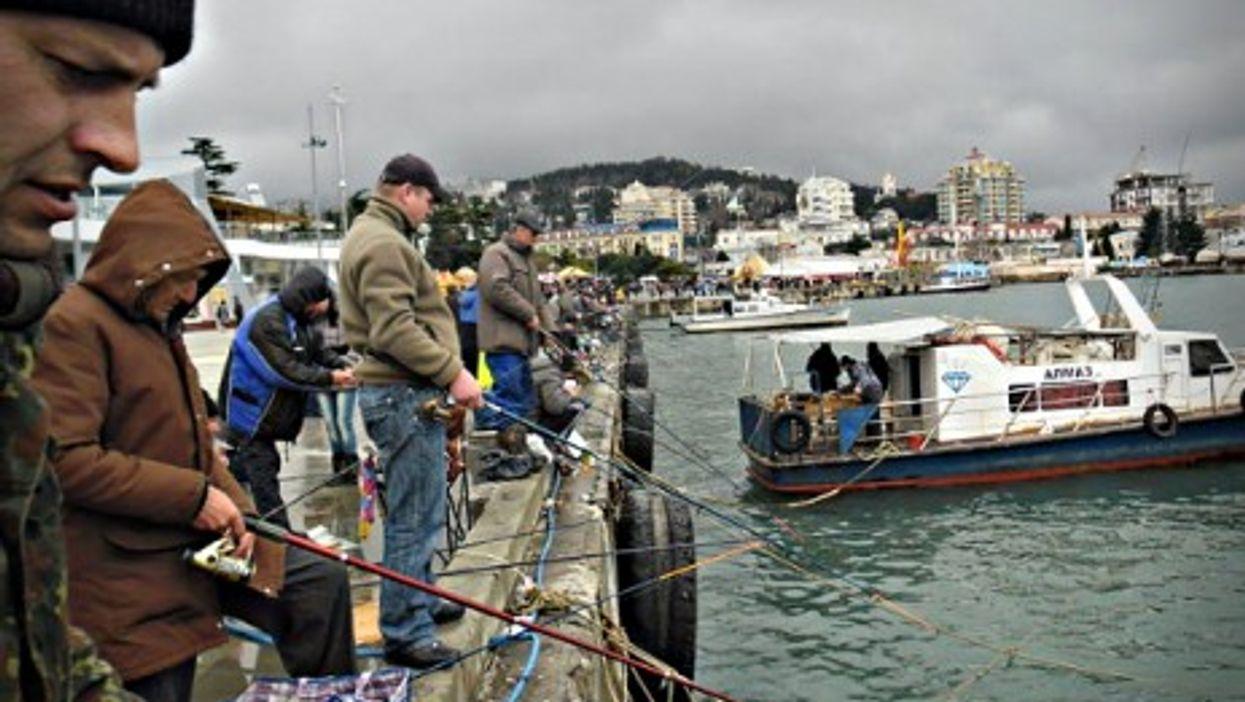 Fishermen in Yalta