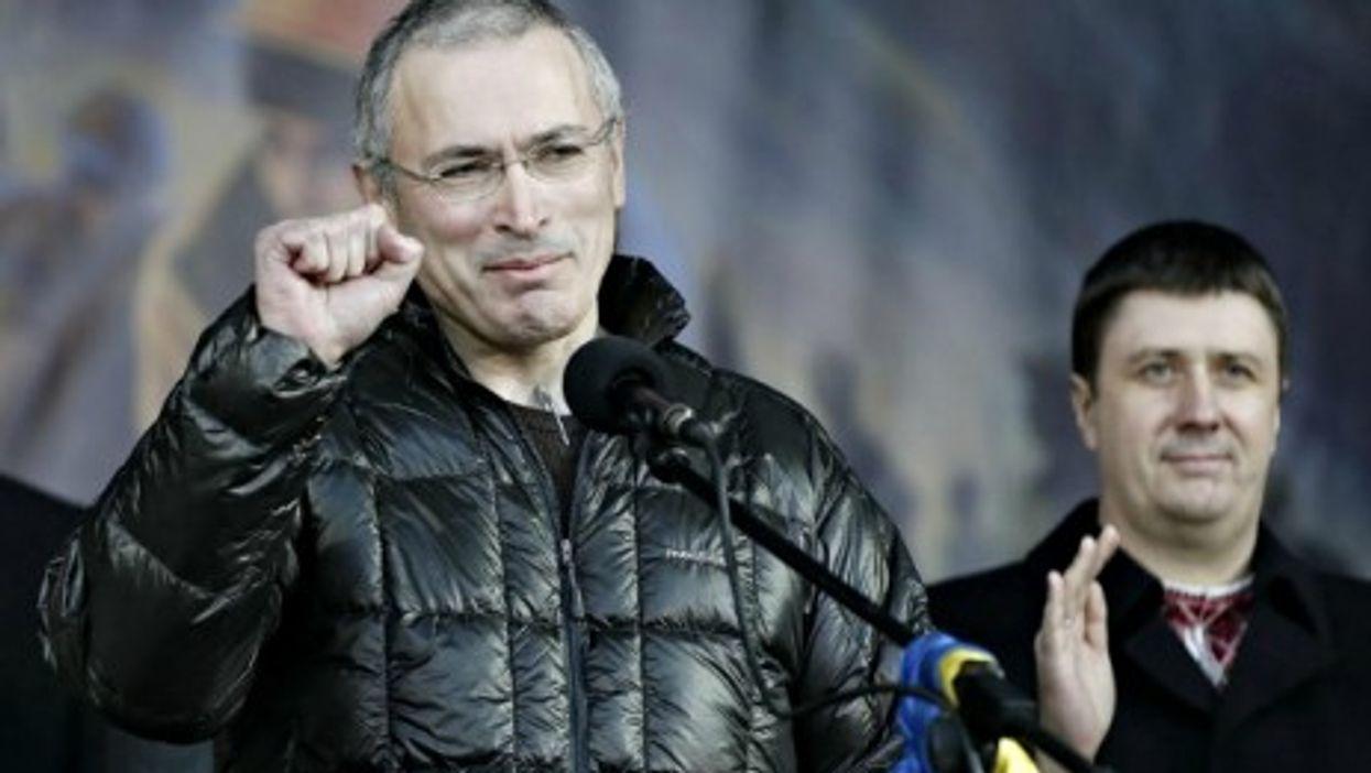Former oil tycoon Mikhail Khodorkovsky speaks in Kiev's Maidan Square