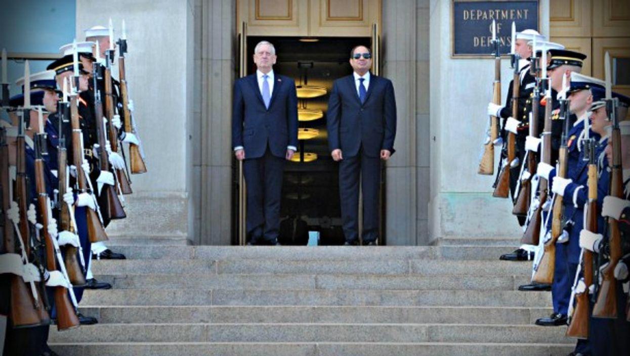 Gen Mattis and Gen Sisi last year in Washington