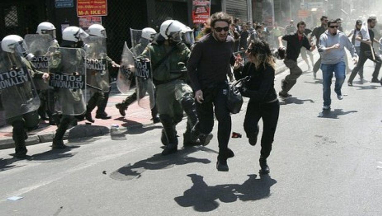 Greeks last year protesting austerity cuts (PIAZZA del POPOLO)