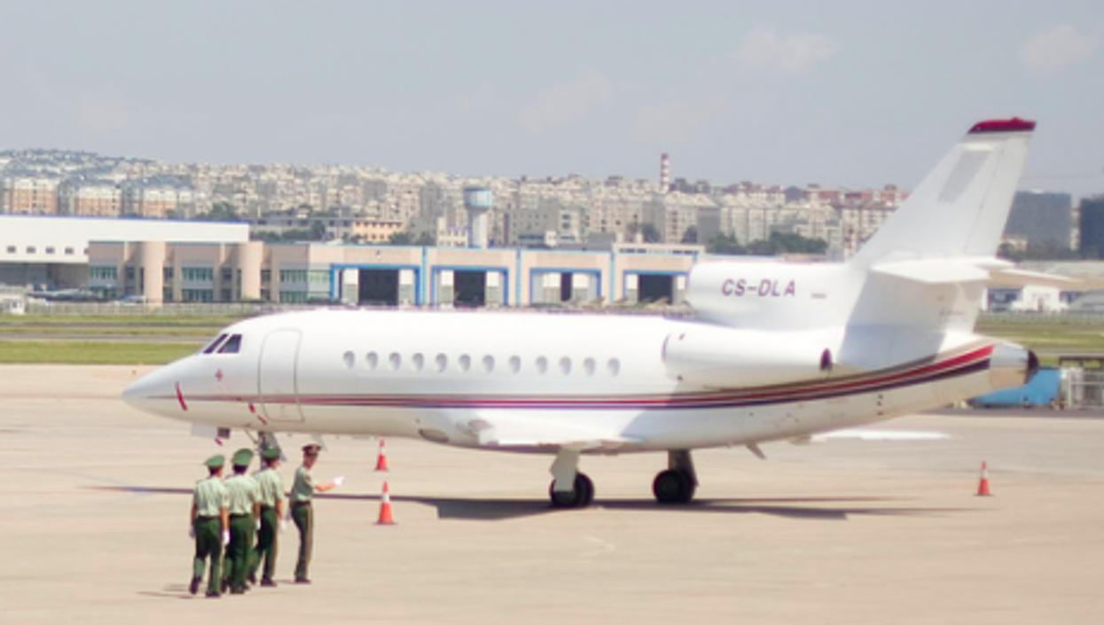Guarding a private jet at Dalian airport (David Sifry)