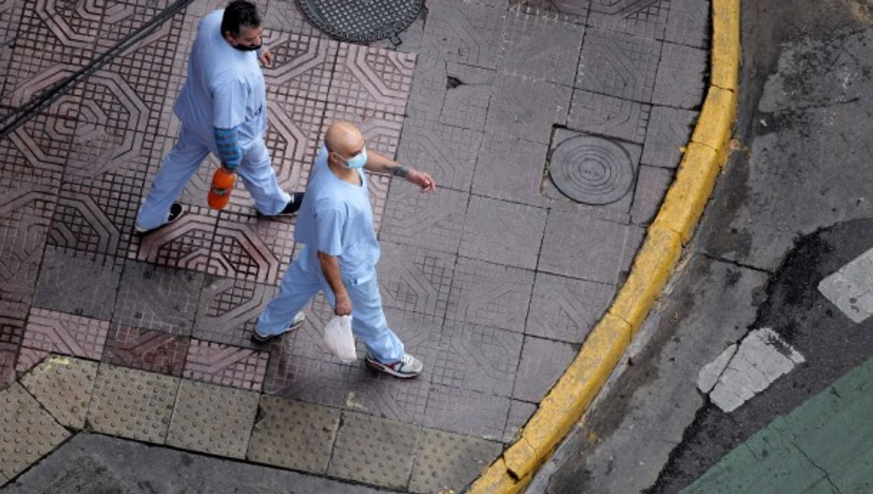 Health workers in Buenos Aires