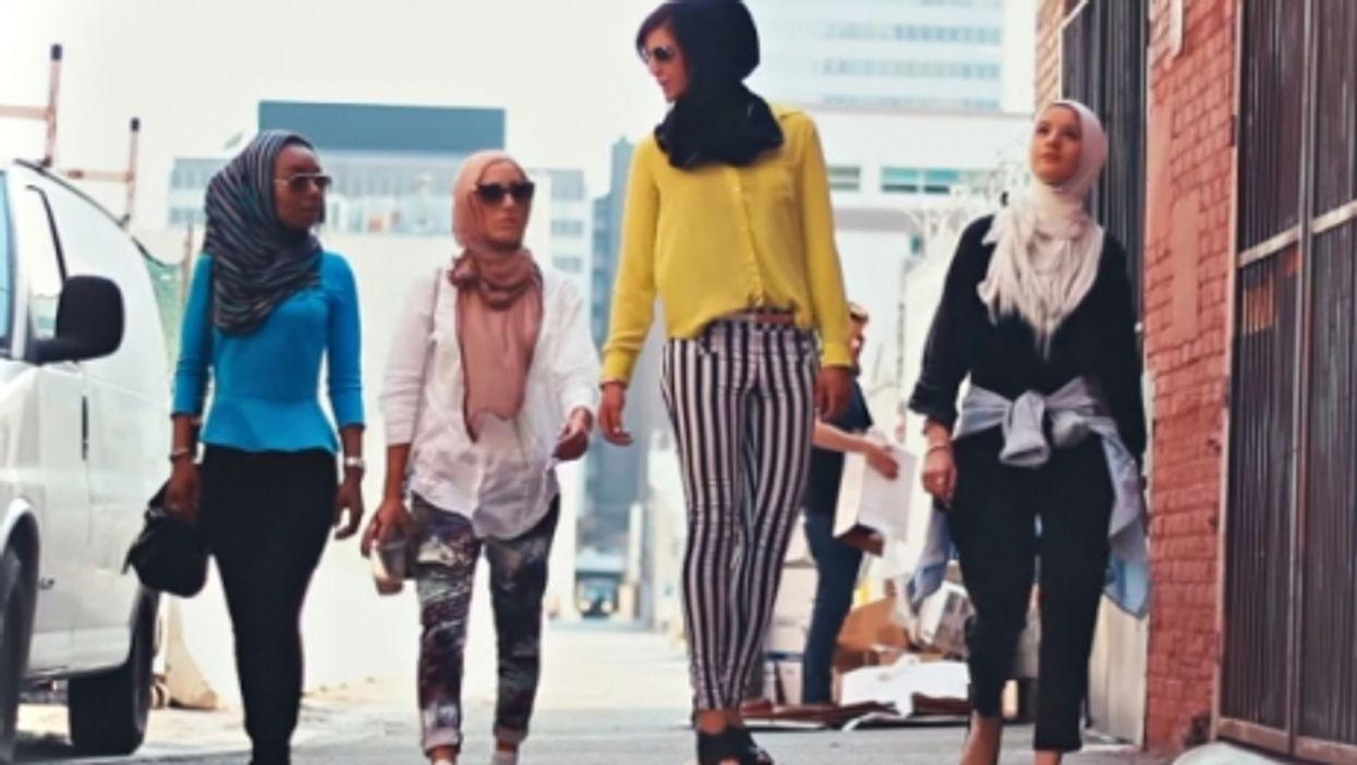 Hijabistas cruisin'