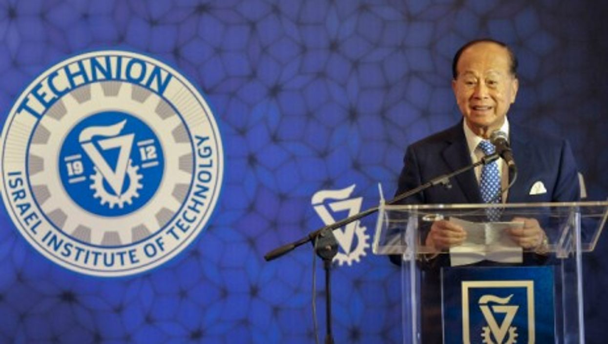 Hong Kong-based business magnate, investor, and philanthropist Li Ka-shing
