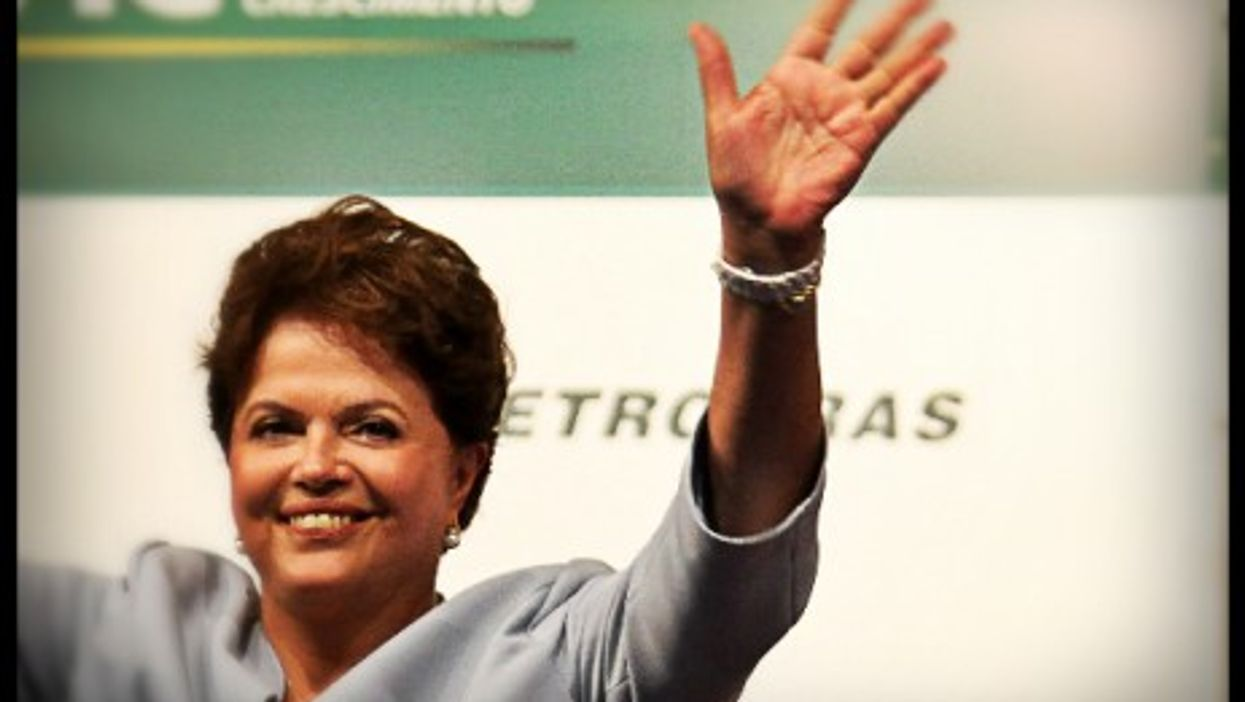 """How can Brazilian President Dilma Rousseff deal with the """"Petrobras earthquake""""?"""