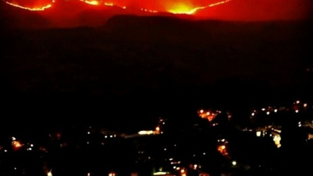 Hundreds have been evacuated from the fast-moving Rowena wildfire near Portland