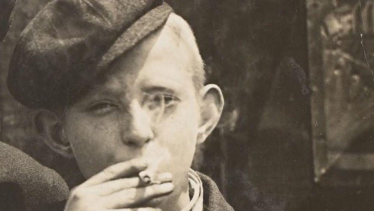 Watch OneShot:Lewis Hine-Child Workers Smoking