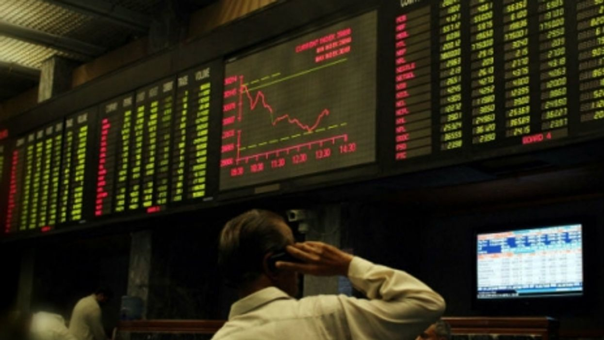 "Greek banks close, ""War of civilization,"" Solar Impulse"
