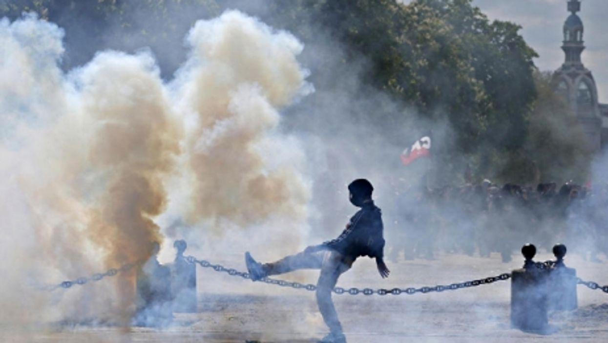 Korean Tensions, Trump Rally Clashes, Dose Of Deodorant