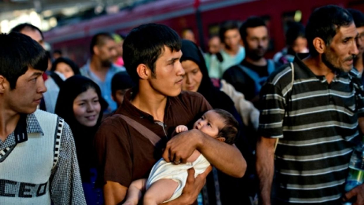 Europe's Migrants, Obama Warning, Bad Harry