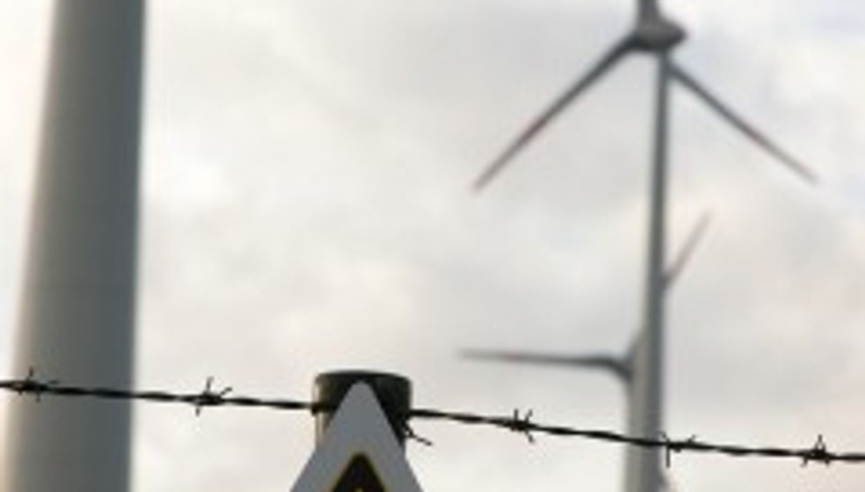 Green Is Ugly: Style Problems Plague Clean Energy Push