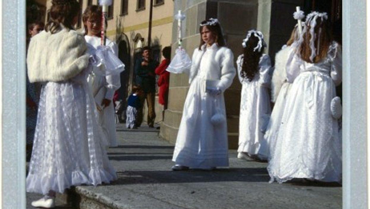 Mini Brides