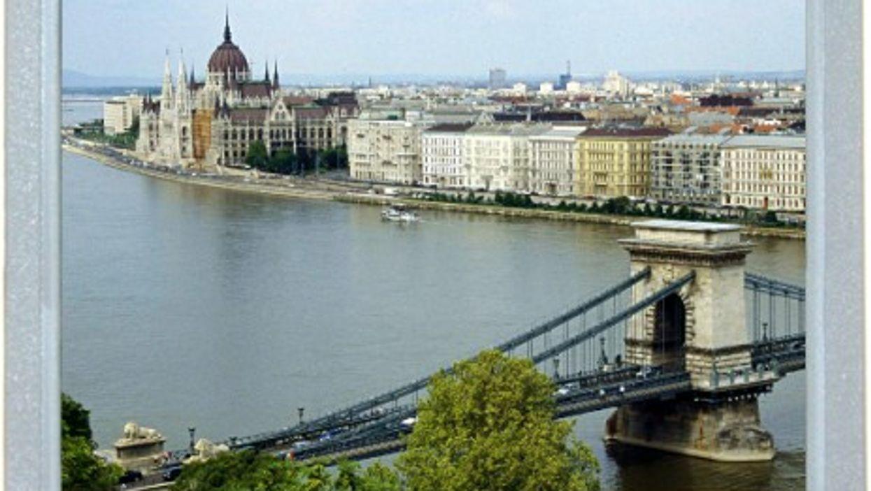 Budapest's Brooklyn Bridge