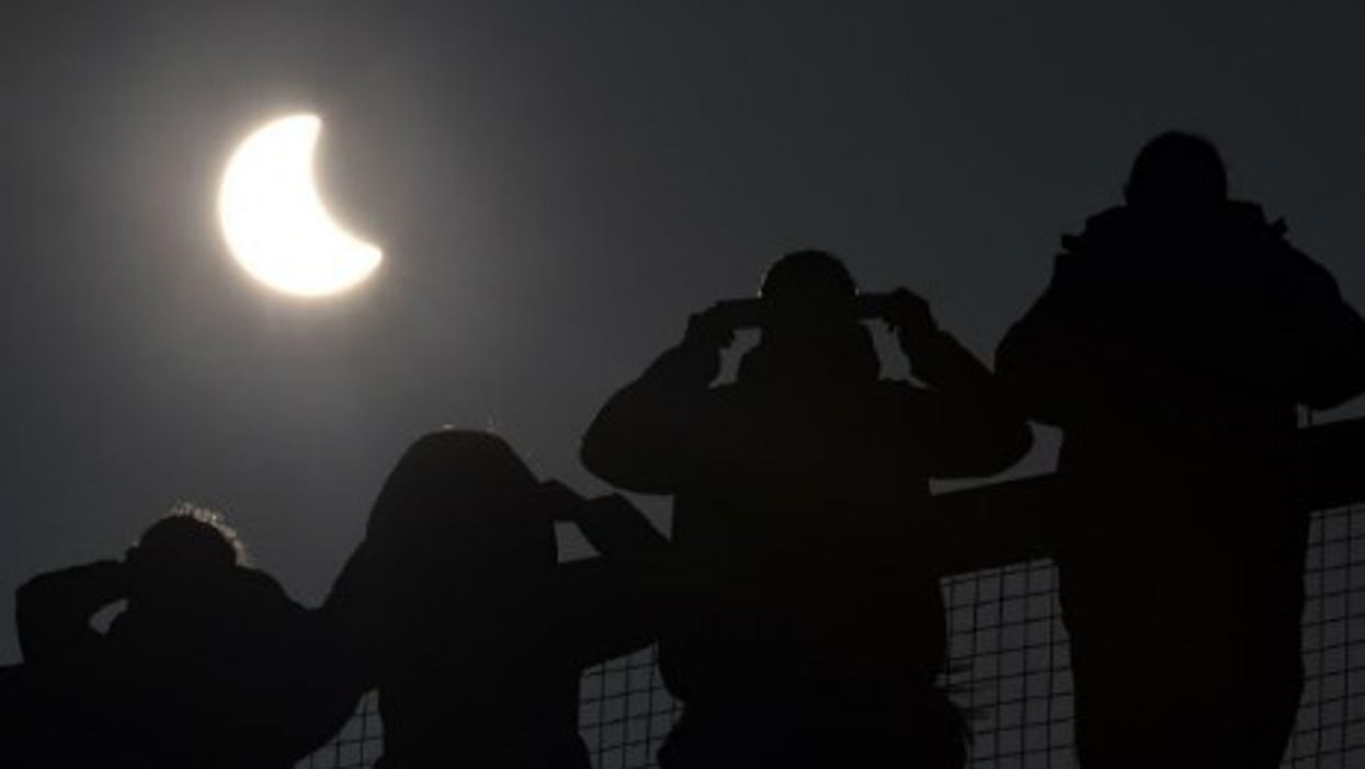 Yemen Mosques Attacked, Solar Eclipse, Flame-Grilled Fragrance