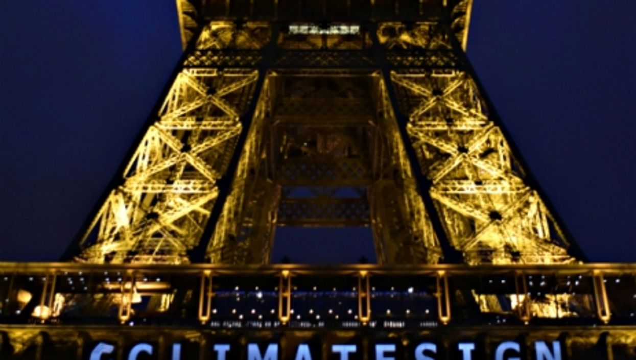 French Far-Right Fail, Historic Climate Deal, Star Wars Premiere