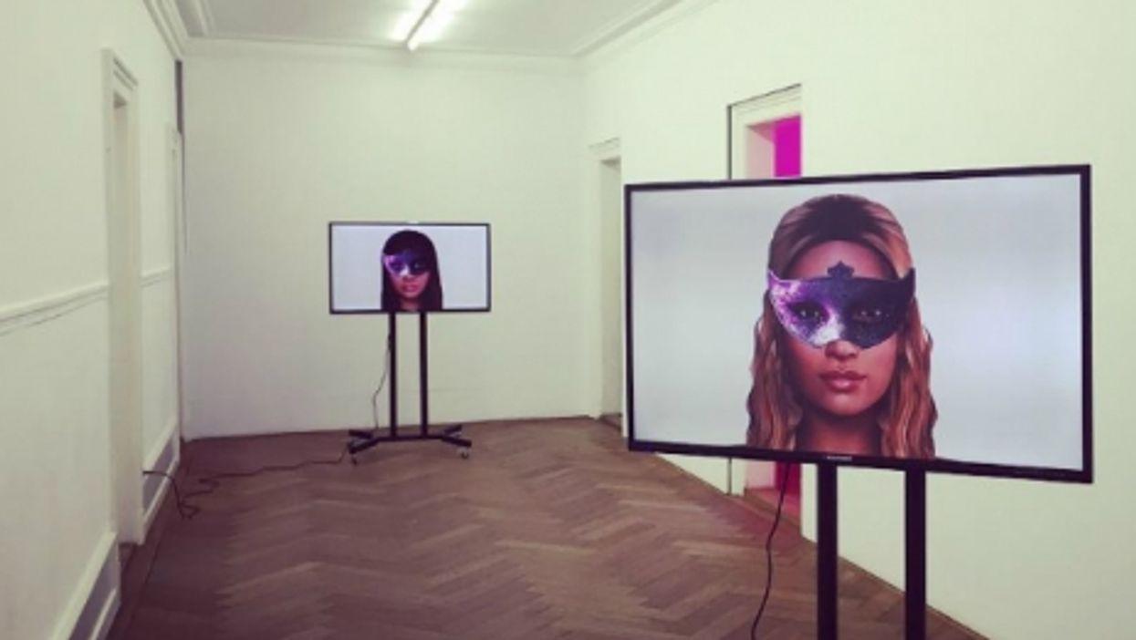 "Ashley Madison ""Fembots"" Star In Swiss Exhibition"
