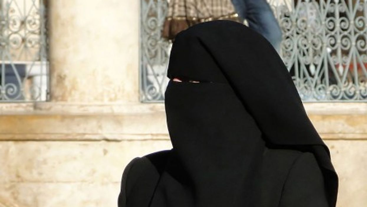 Tunisia Cracks Down On The Niqab After Terror Attack